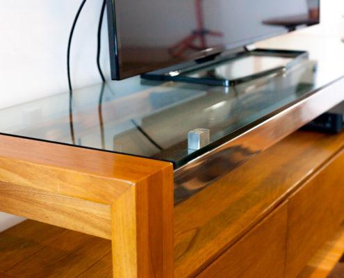 glass under tv brisbane