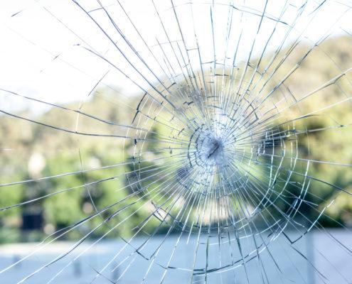 broken glass brissy