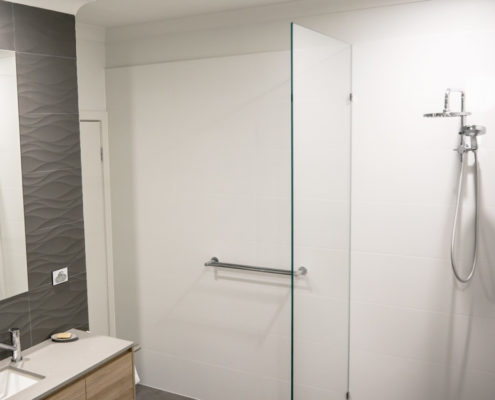 shower glass brisbane