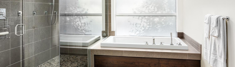 bathroom glass brisbane